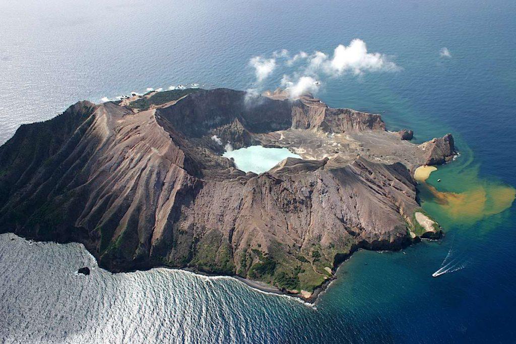 Marine Volcano White Island