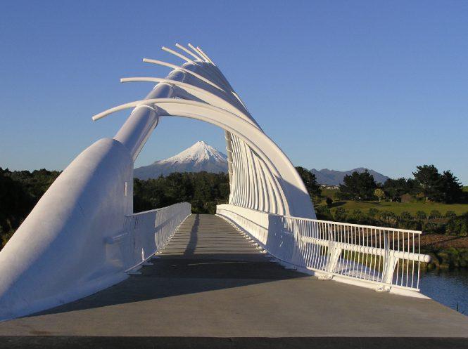 coastal-walkway