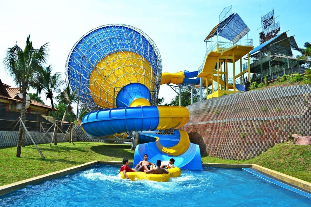 A Famosa Water Theme Park