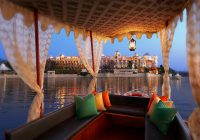 luxurious vacation india